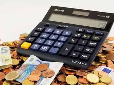 Kfz-Steuer Symboldbild Geld