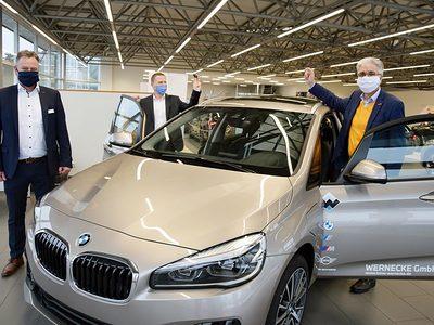 Symbolische Übergabe BMW an Handwerkskammer